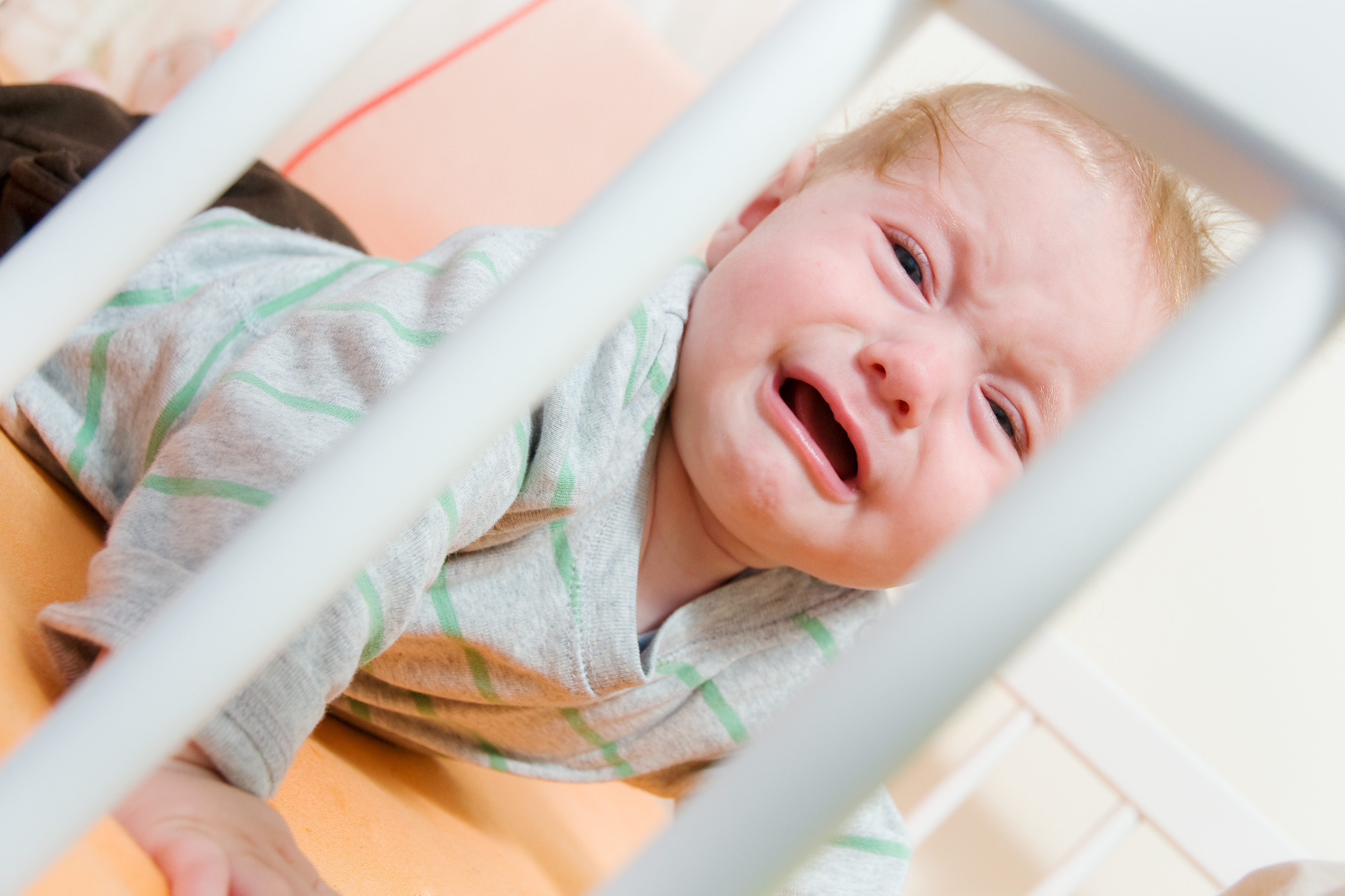 Best way for baby to sleep in crib - Nap Crying